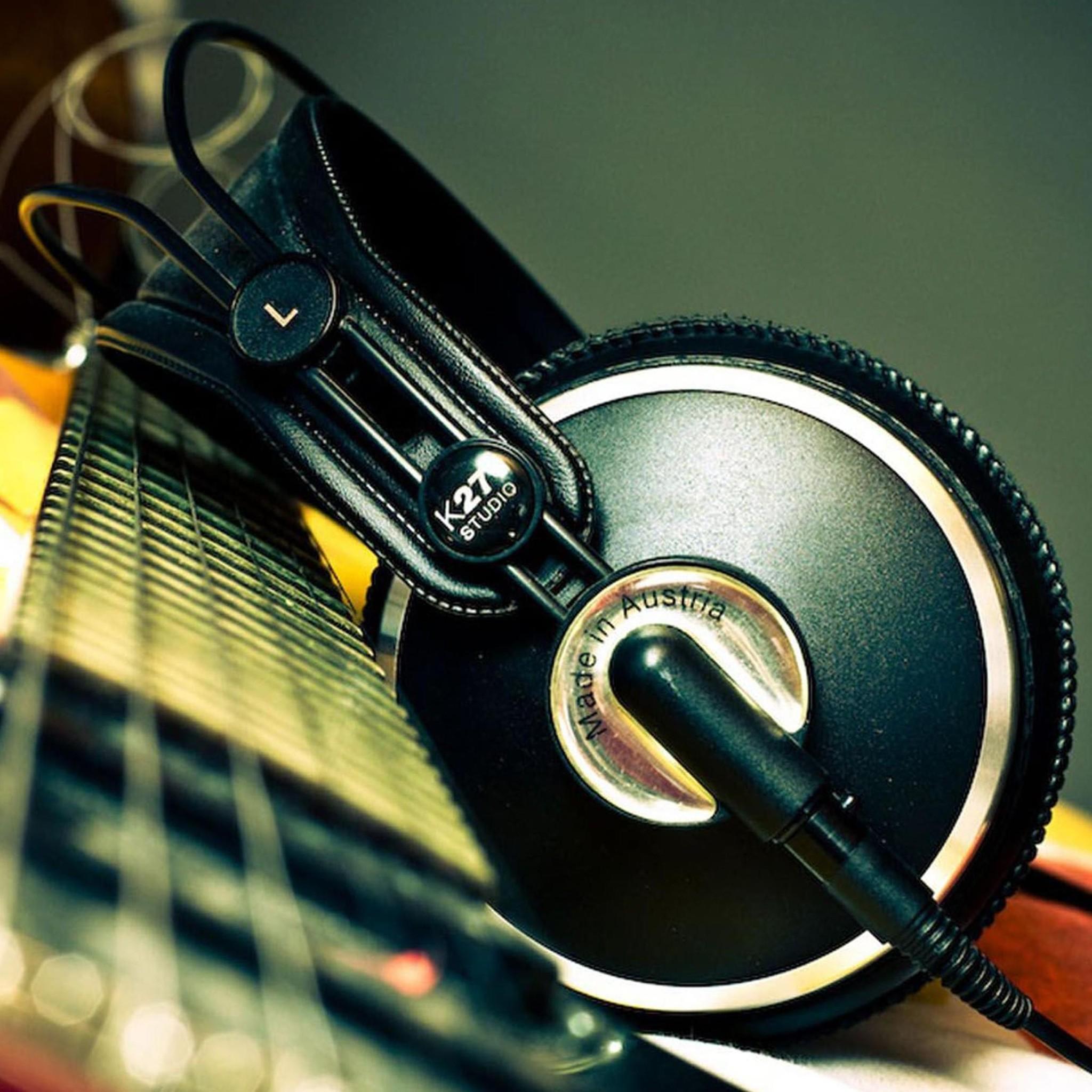 Music Wallpaper For IPad
