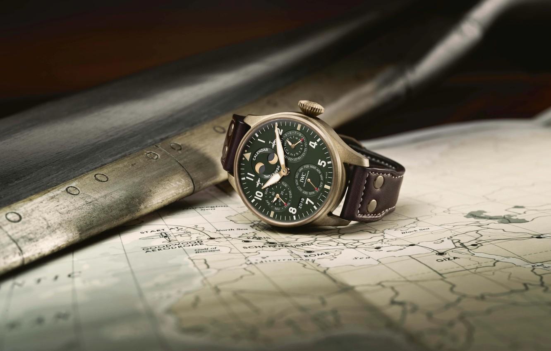 Photo Wallpaper Iwc Swiss Luxury Watches Swiss Wrist   Iwc Watch 1332x850