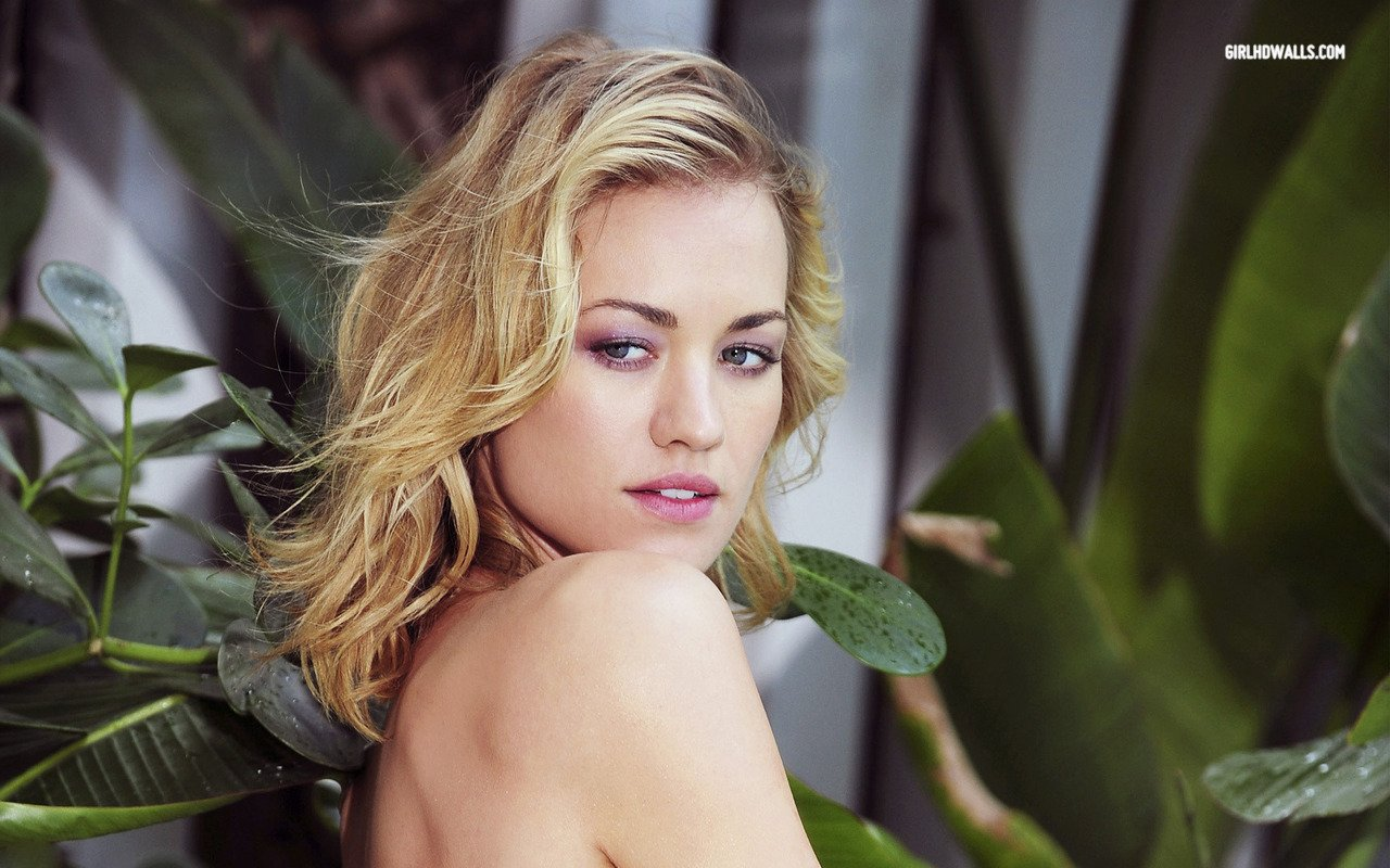 Yvonne Strahovski   Actress Wallpapers Picture Space Great 1280x800