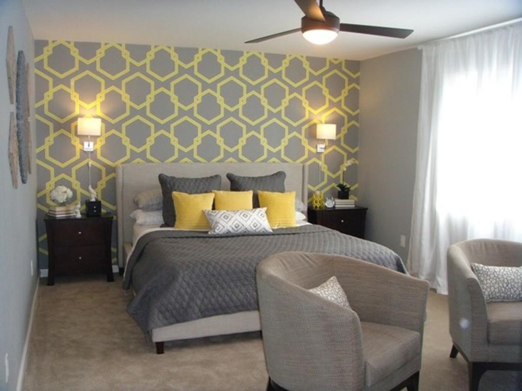 Wallpaper decorating ideas bedroom Devine Interiors 1024x768