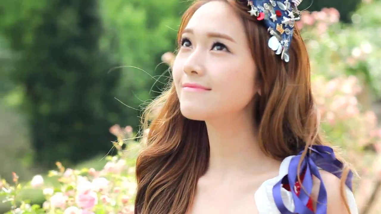 Free download SNSD member Jessica Jung turns 26 korean age today