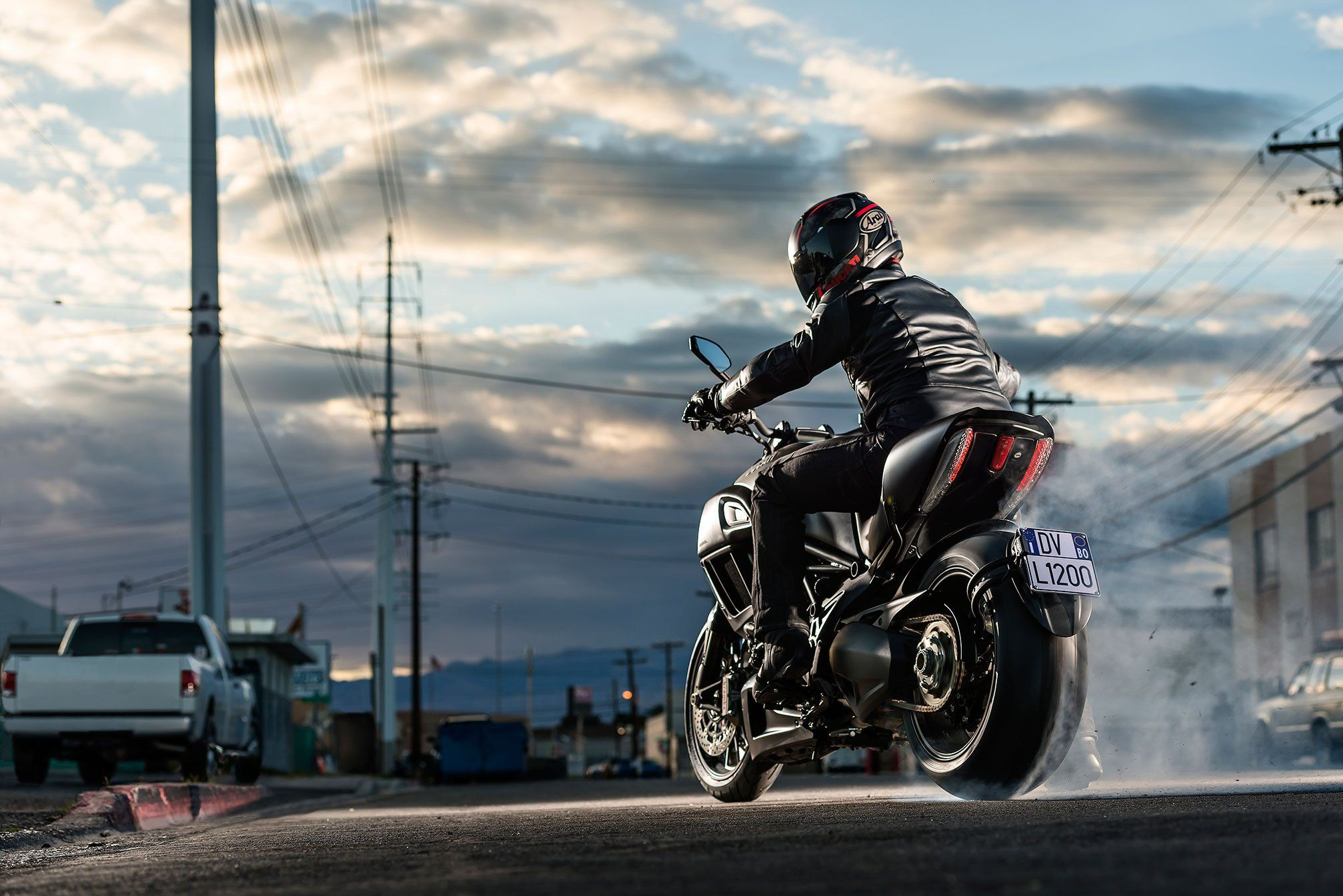 2015 Ducati Diavel motorbike bike motorcycle h Ducati diavel 2015x1345