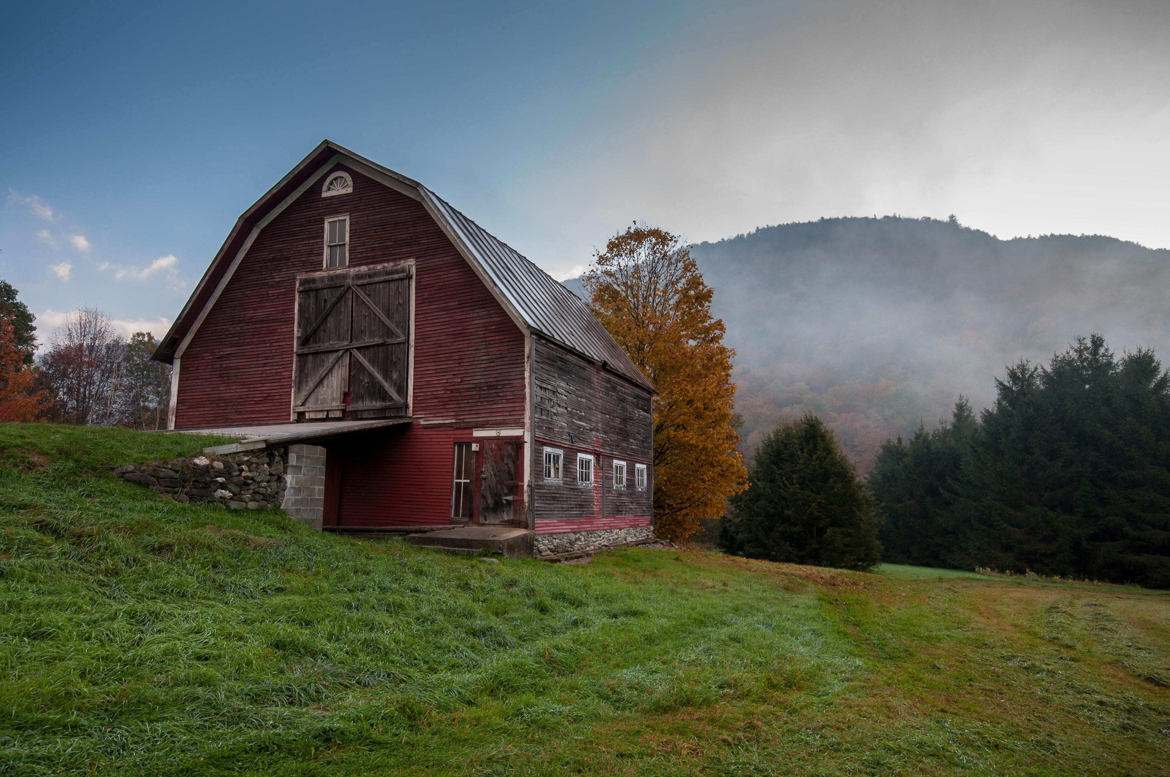 barn wallpaper - photo #33
