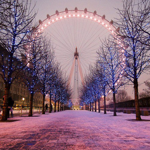 London Eye at Christmas Wallpaper HD FREE Uploaded by   PK wallpaper 500x500