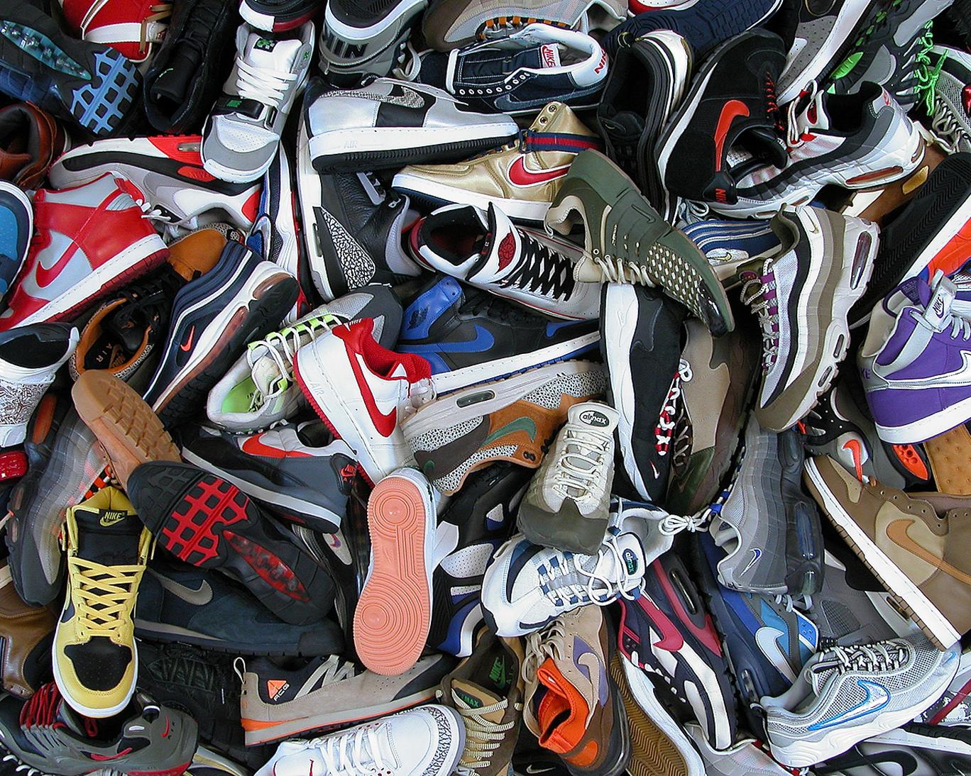 49 Sneaker Wallpaper On Wallpapersafari