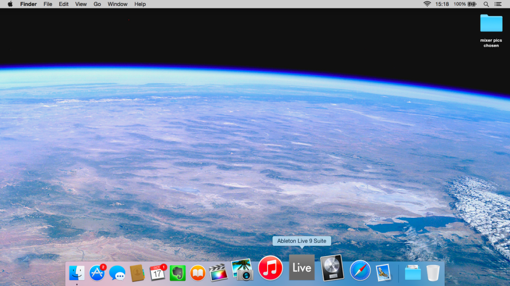 Pic 1 Live 9 in the new flat Yosemite dock Note not the 1024x575