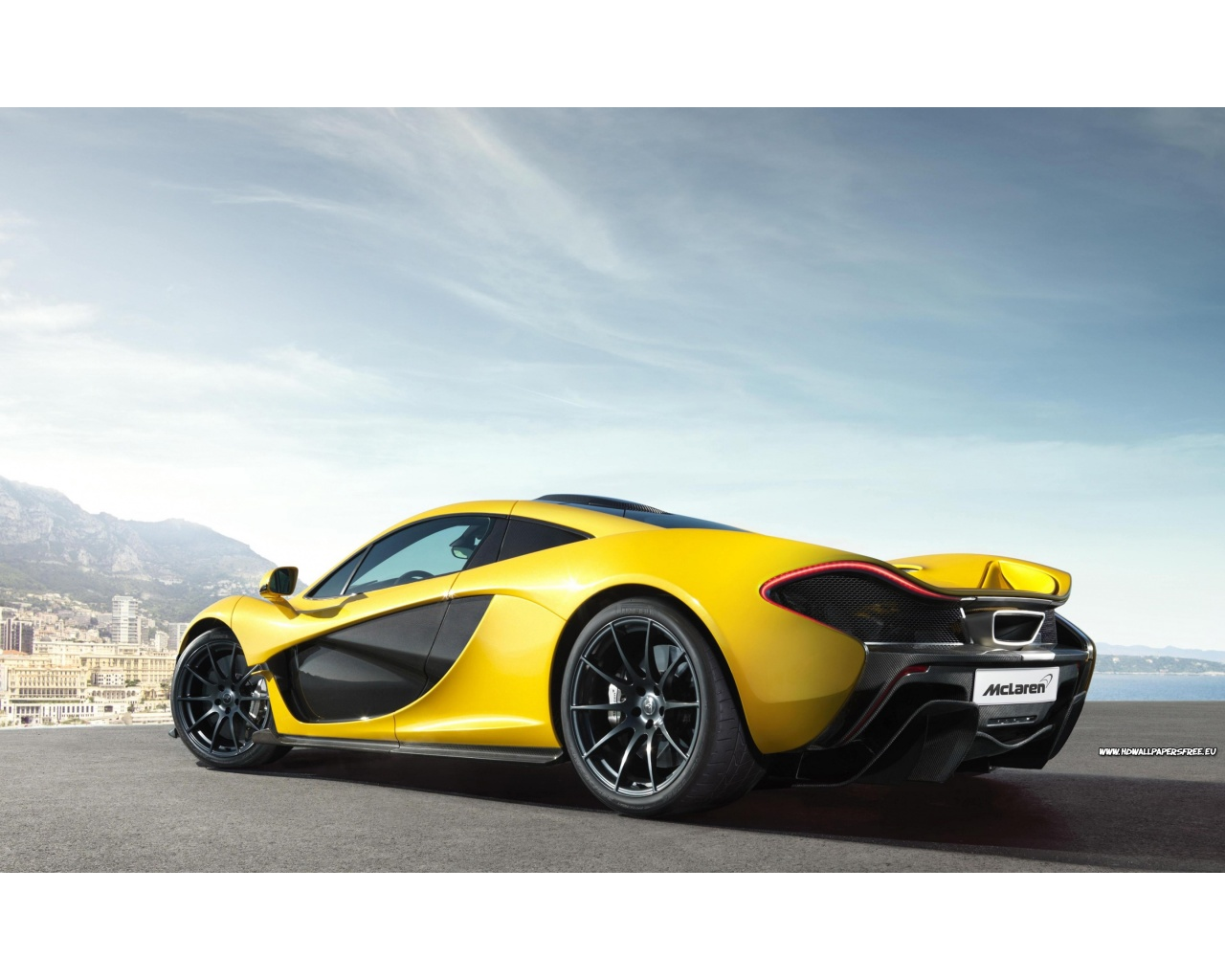 McLaren P1 Supercar 2014 Wallpaper in 1280x1024 Resolution 1280x1024