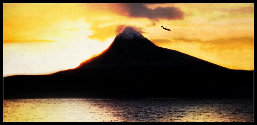 The Hobbit Erebor at Sunrise by LadyElleth 900x440
