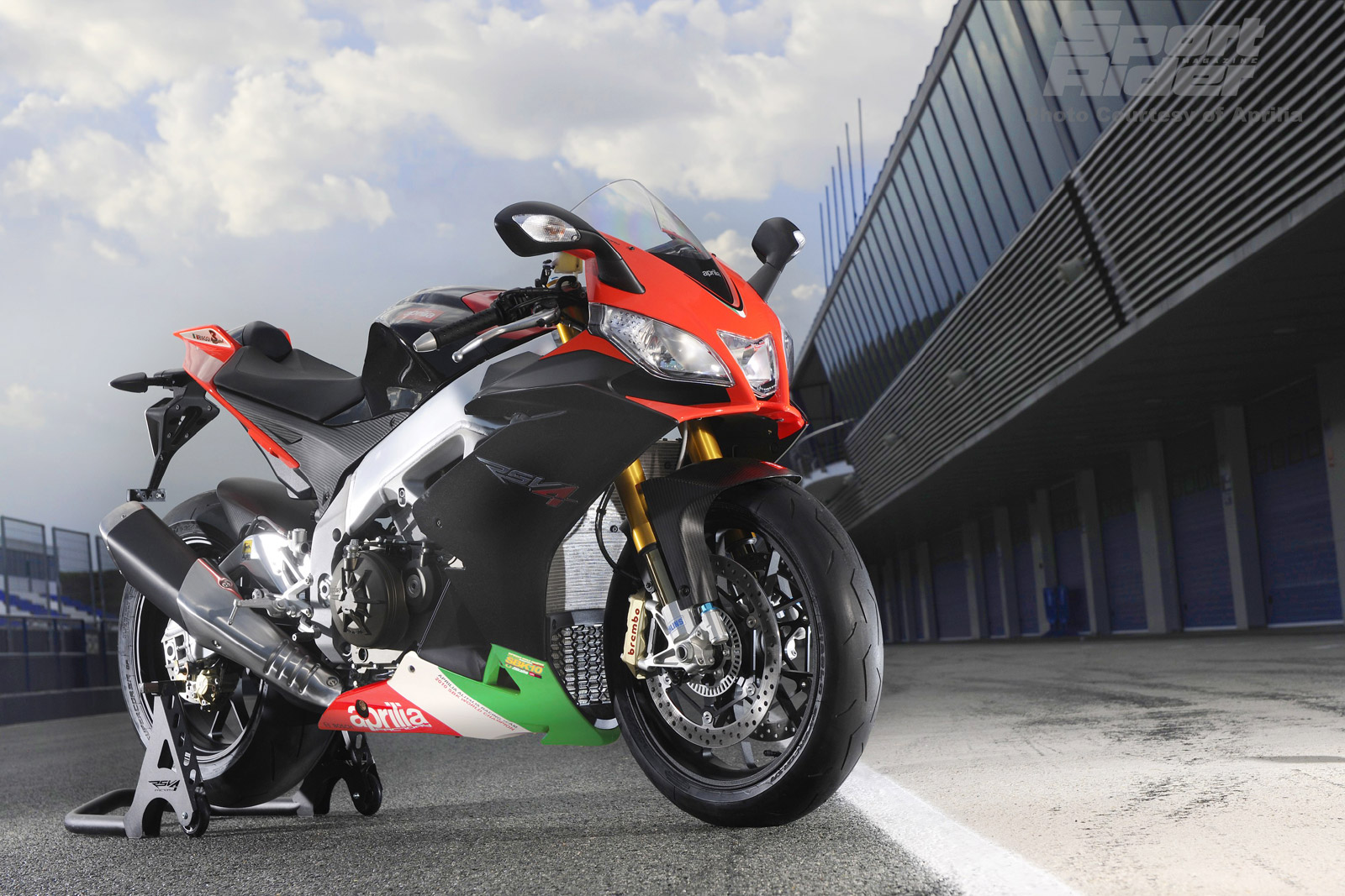 Aprilia Wallpapers 2E6CM2W 4082 Kb   4USkY 1600x1067