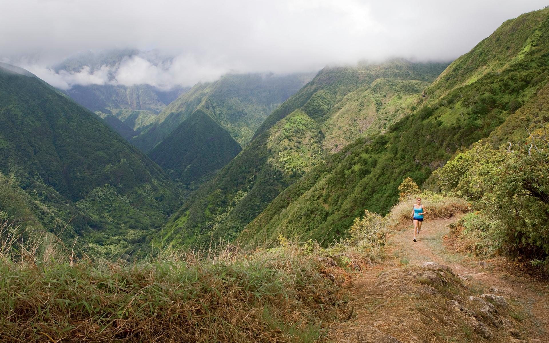 Rave Run Maui Hawaii Runners World 1920x1200