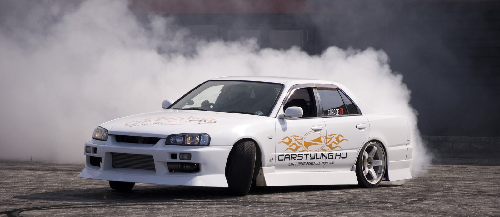 Download Drifting Car 173448 Auto Amp Vehicles Mobile Wallpapers 1600x696