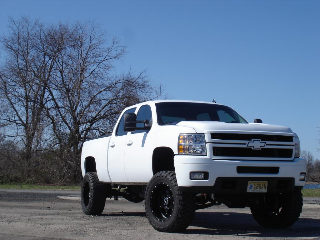 Lifted Chevy For Sale >> Lifted Duramax Wallpaper - WallpaperSafari
