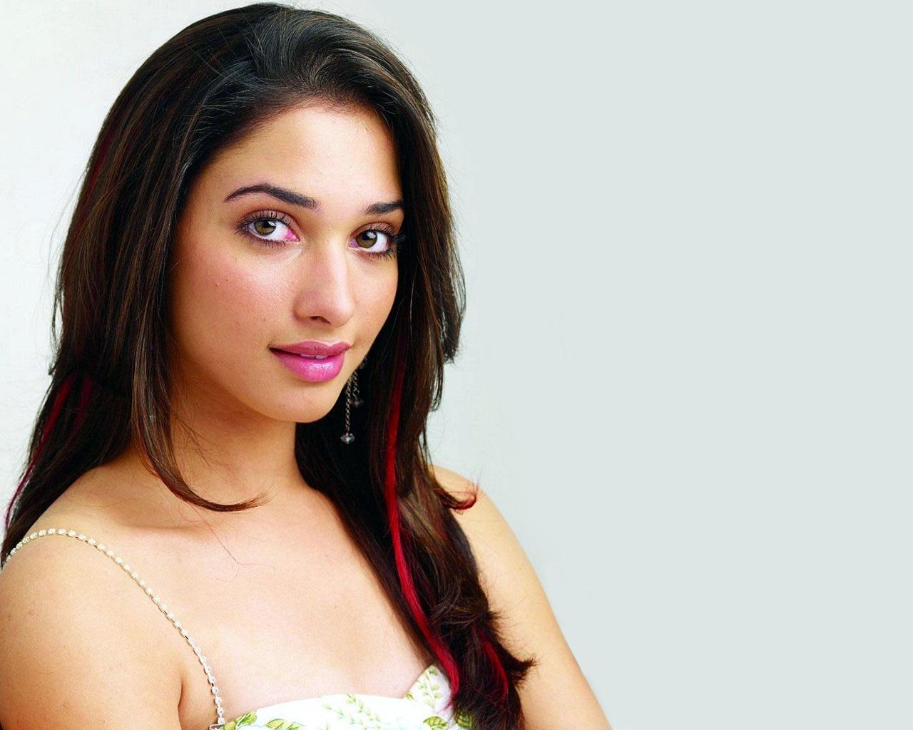 Tamanna South Actress Wallpapers HD Wallpapers 1280x1024