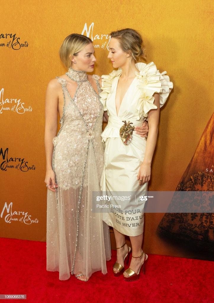 Margot Robbie wearing dress by Chanel Saoirse Ronan wearing 723x1024