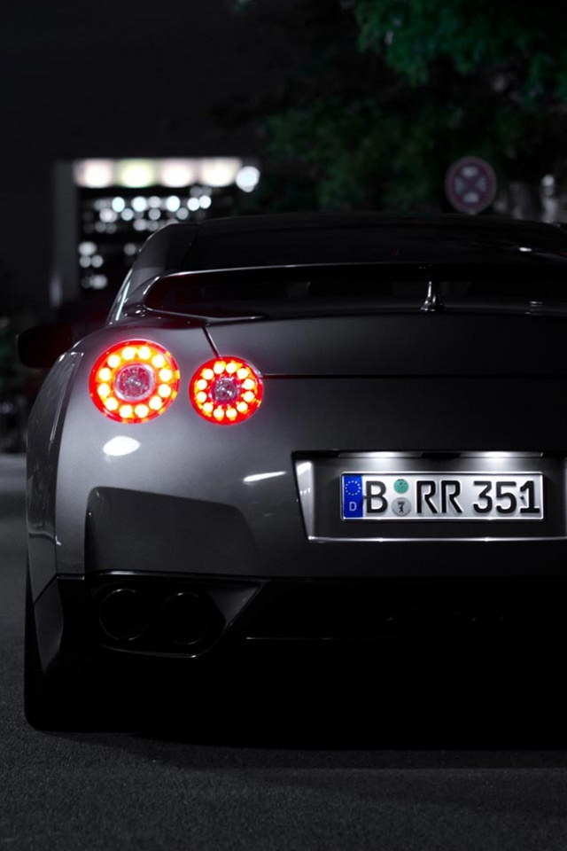 Related to Nissan Gtr Iphone Wallpaper 640x960
