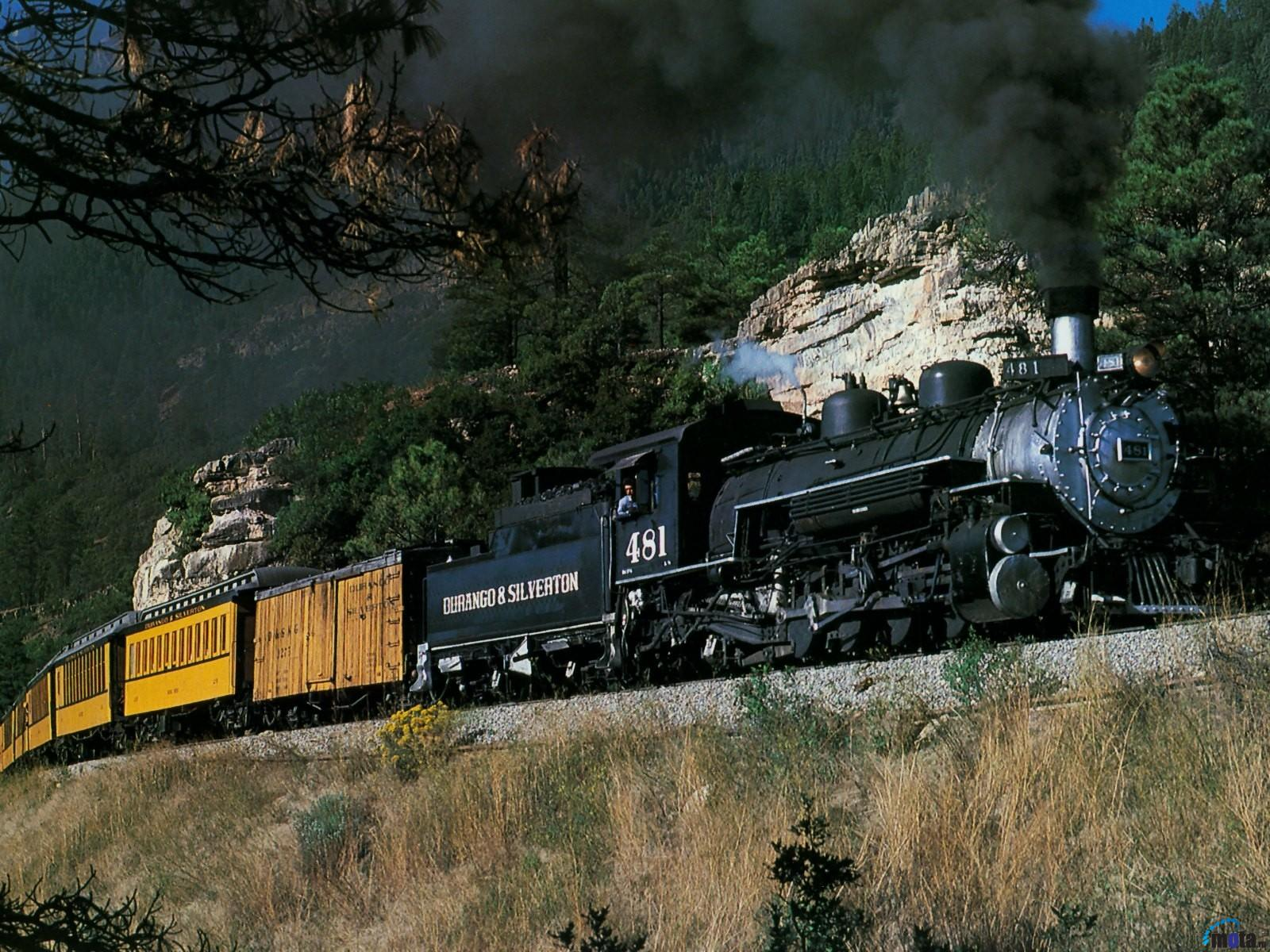 Free Download Download Wallpaper Steam Locomotive In The Mountains