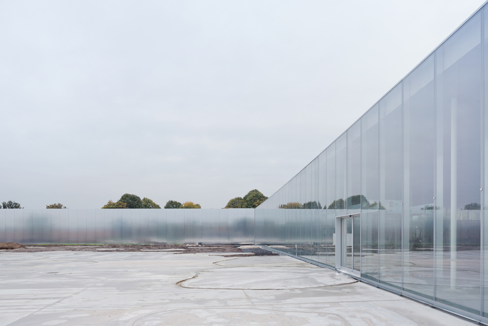Integrative Transparency Louvre Lens by SANAA   DETAIL   Magazine 1000x667