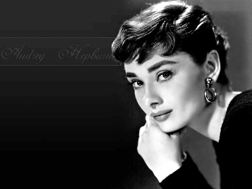 Audrey Hepburn mhaa 1024x768