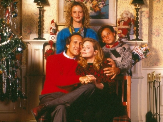 14 National Lampoons Christmas Vacation 1989 570x428