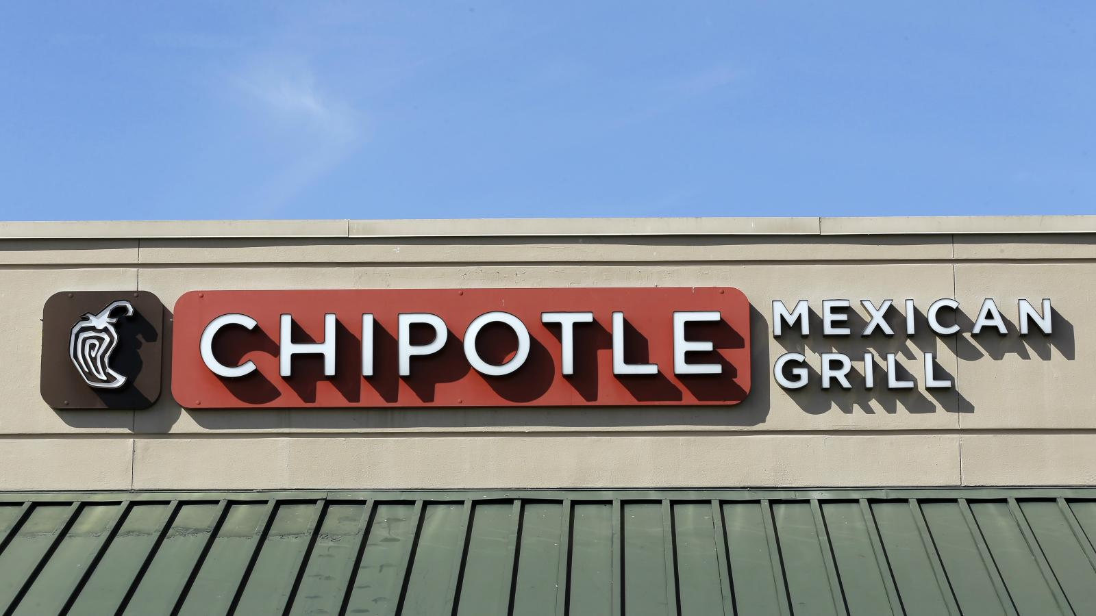 Chipotles CEO is stepping down after its food safety nightmare 1600x900