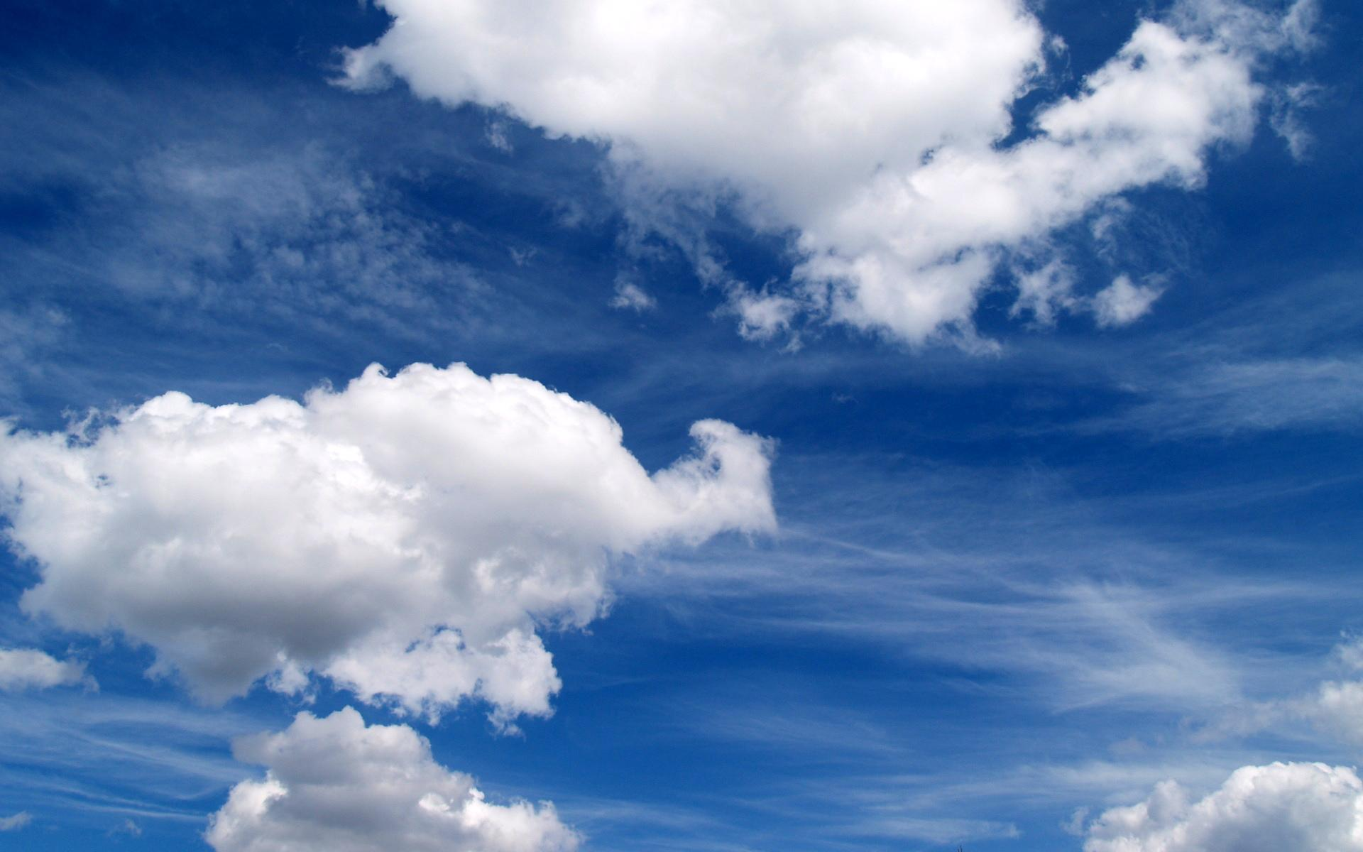 Download Dreamful Cloudy Sky High quality wallpaper 1920x1200