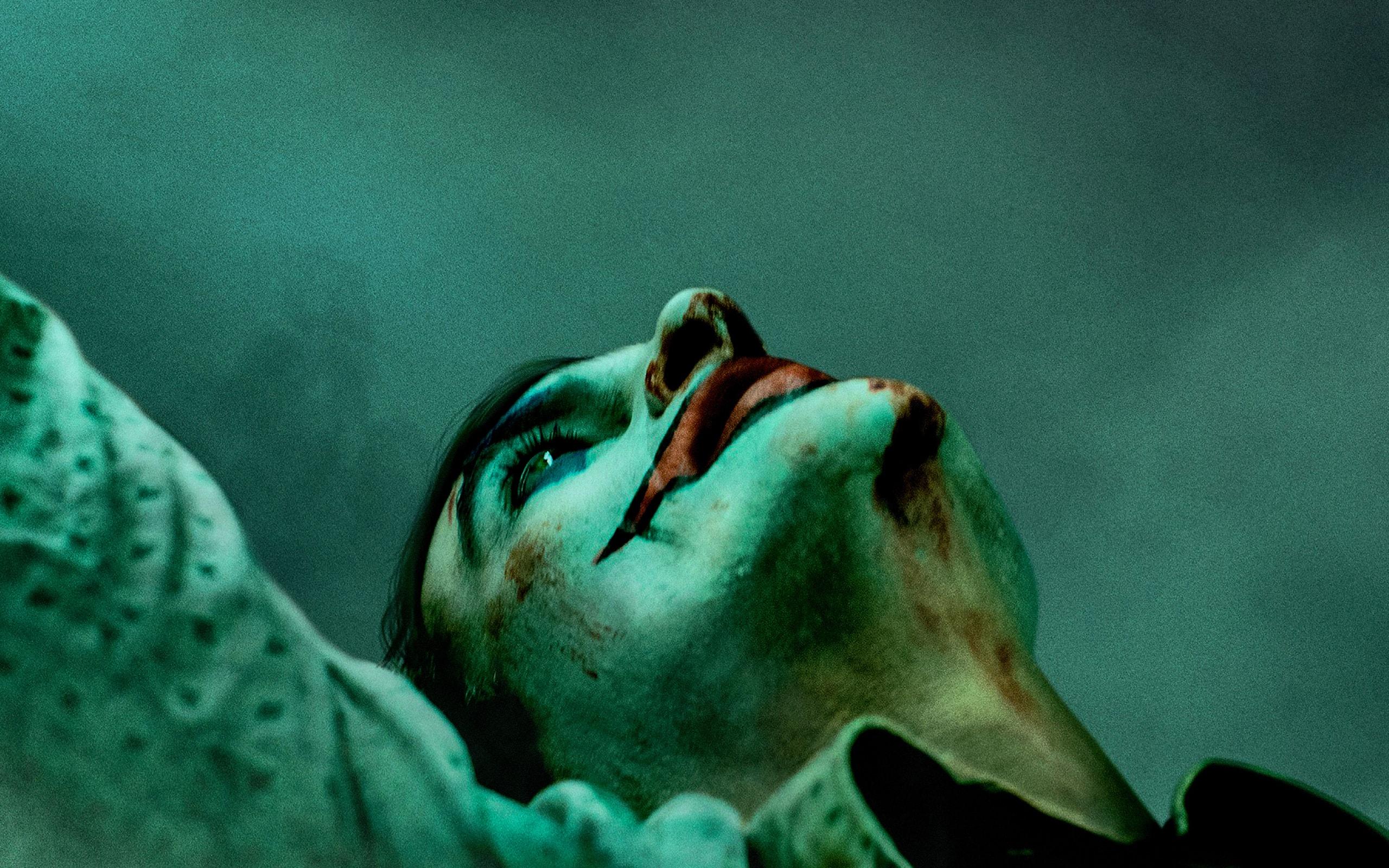 Wallpaper of Joaquin Phoenix Joker Joker 2019 Poster background 2560x1600