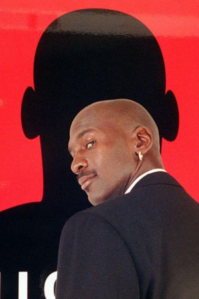 Michael Jordan iPhone Wallpaper HD 640x960