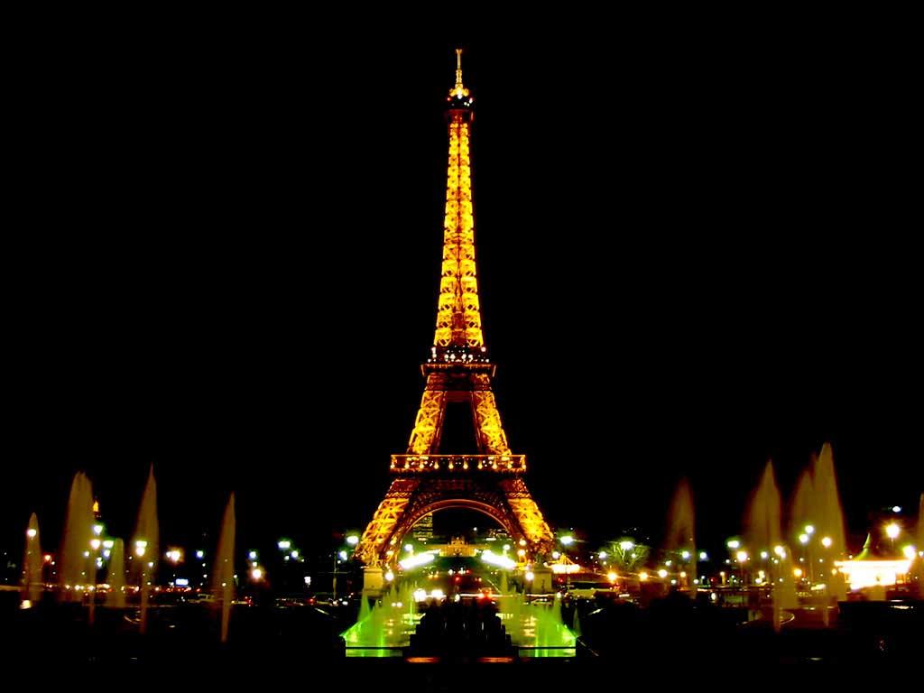 Paris Wallpaper   Eiffel Tower Arc de Triomphe Louvre mus Notre 1024x768