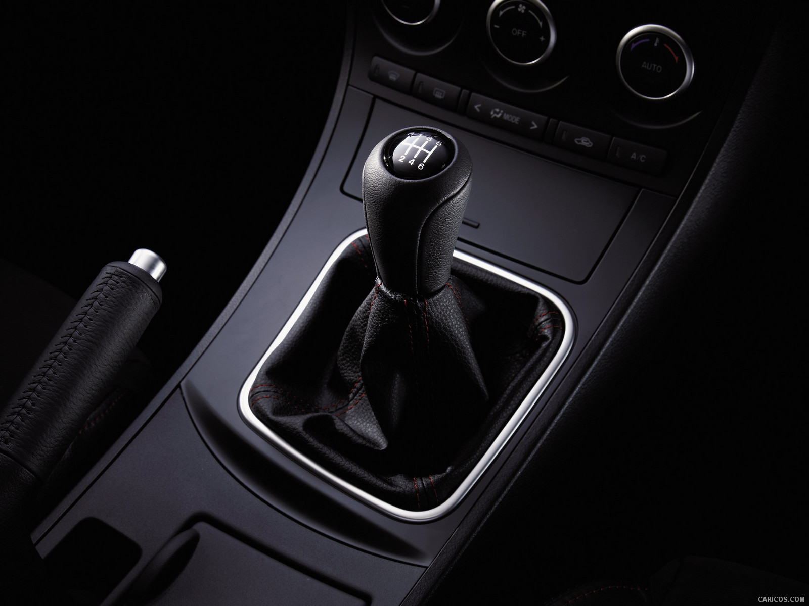2012 Mazda MazdaSpeed 3 Shift Knob Wallpaper 6 1600x1200