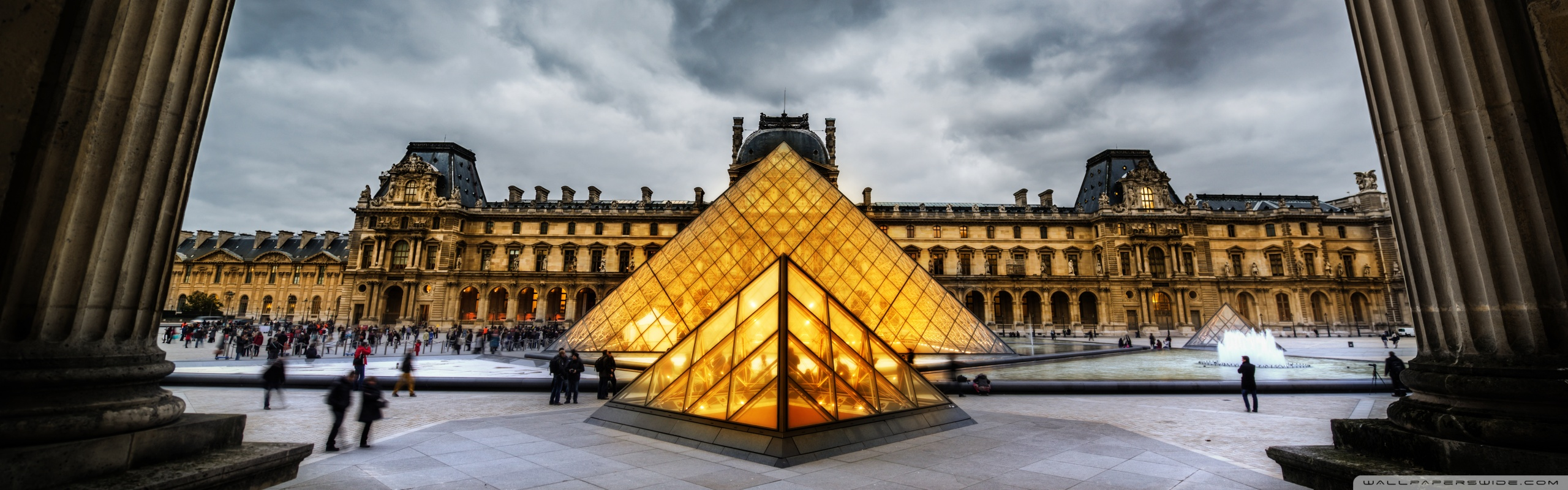 Louvre HDR 4K HD Desktop Wallpaper for Dual Monitor Desktops 2560x800