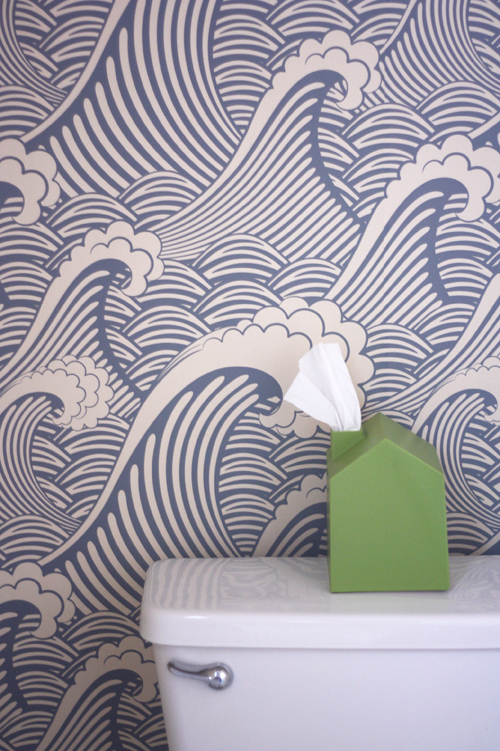 Removable wallpaper in the bathroom How About Orange 500x751