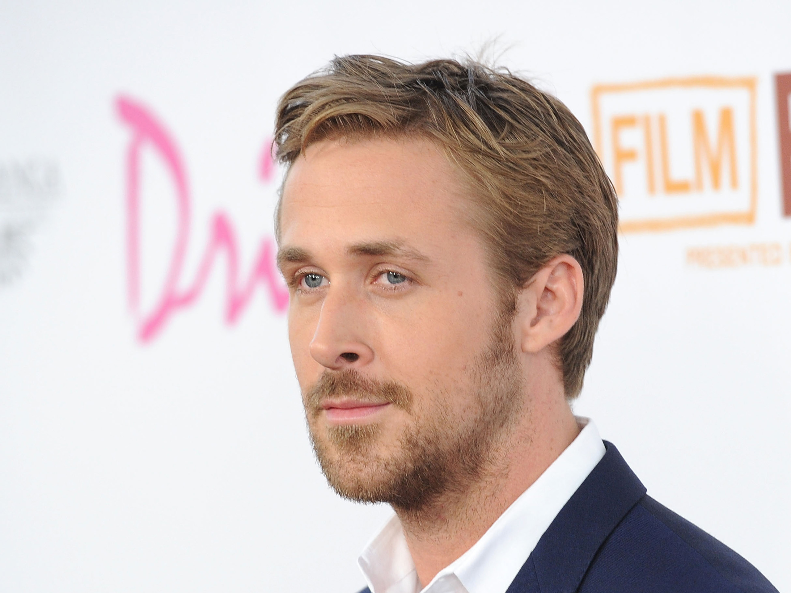 Ryan Gosling HD Wallpapers for desktop download 2560x1920