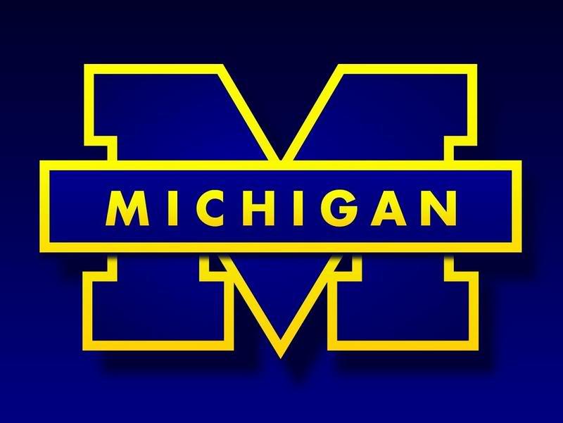 Michigan Wolverines Screensaver and Wallpaper ...