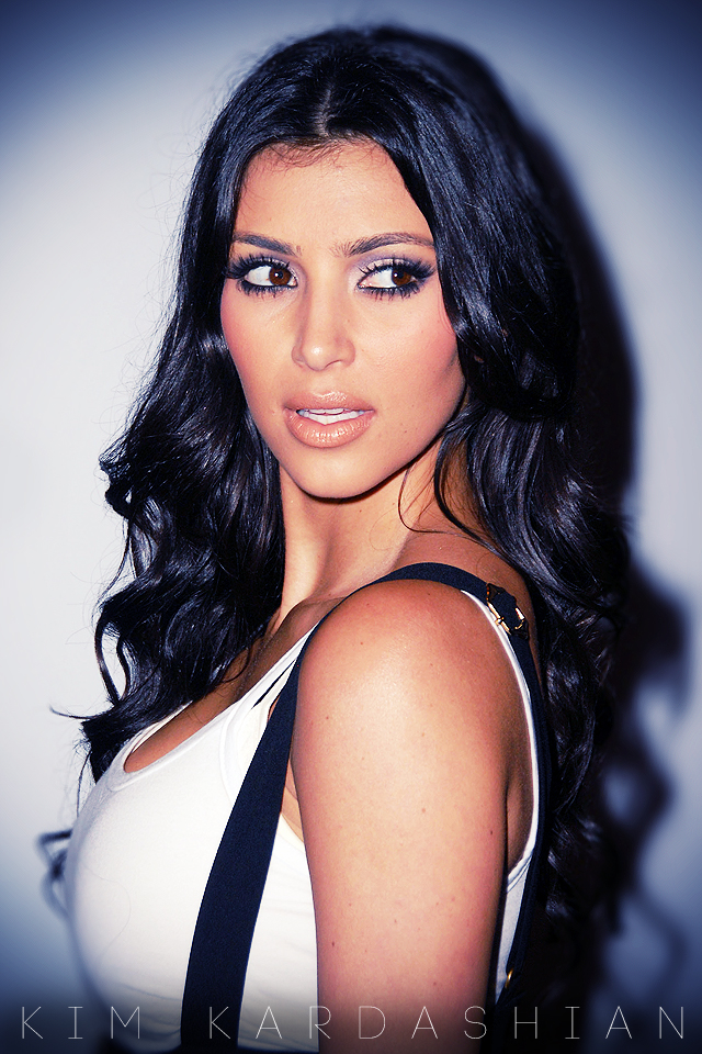 Kim Kardashian Wallpaper Wallpapers 4 iPhone4 640x960