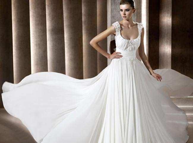 Bridal Bargains Cheap Designer Bridal Gowns 1341 theweddingplans 650x484