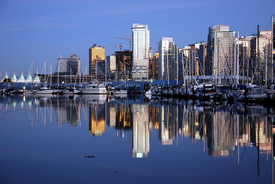 Vancouver Skyline Photograph 900x602