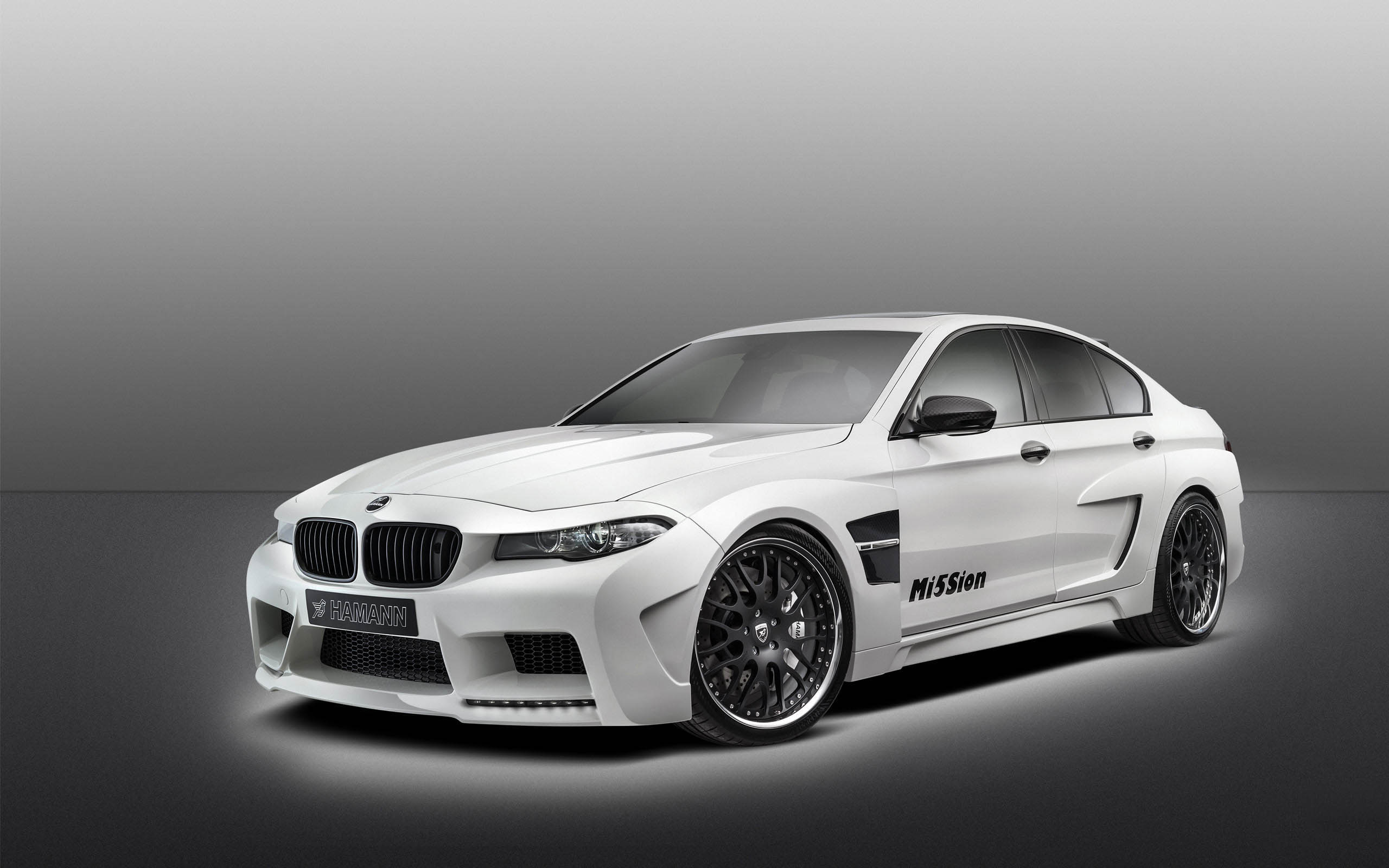 BMW m5 luxurious car wallpaper in HD 2560x1600