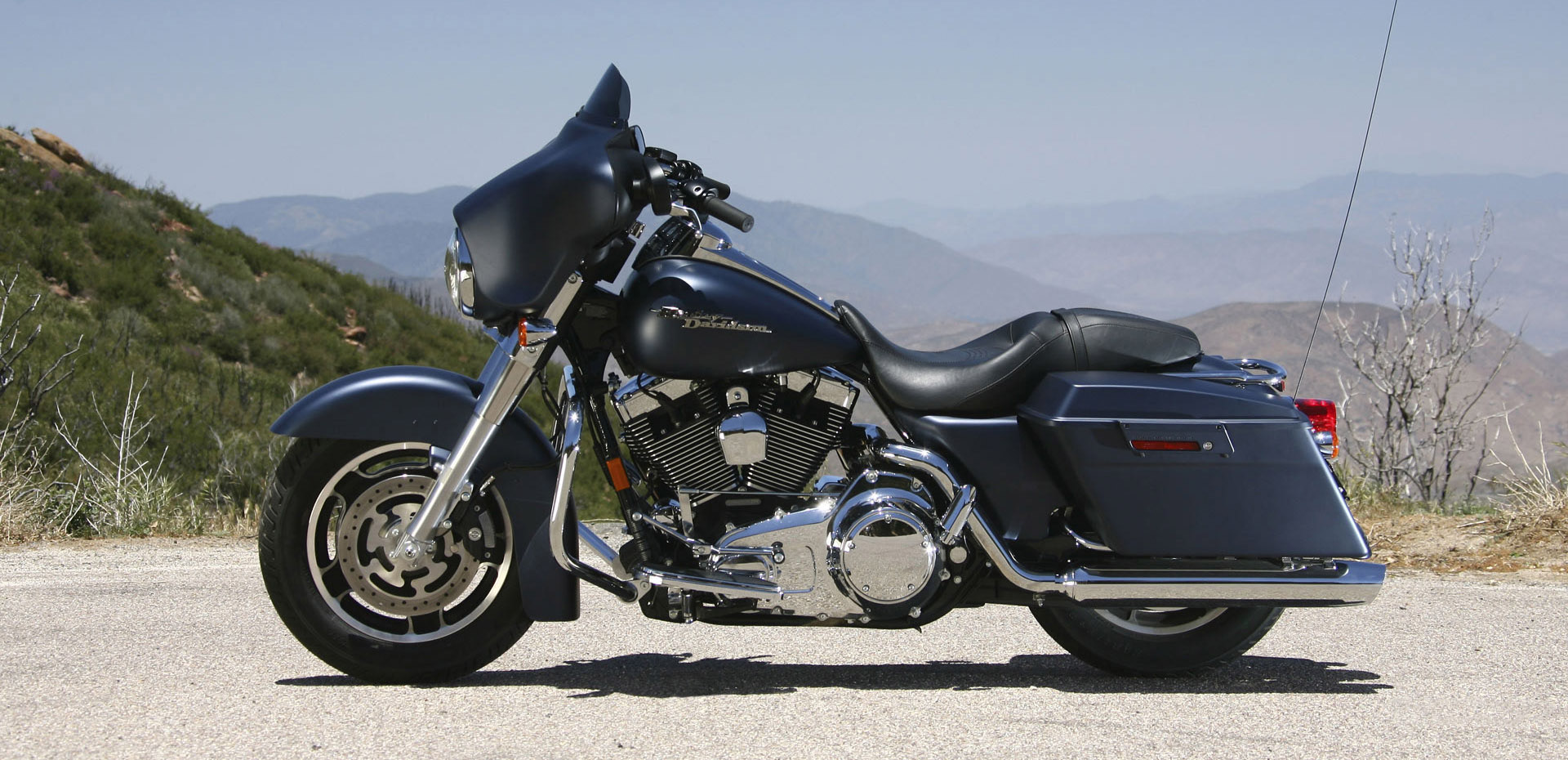 Harley Davidsons For Sale In Canada   2016 Motorcycle Reviews 1920x930