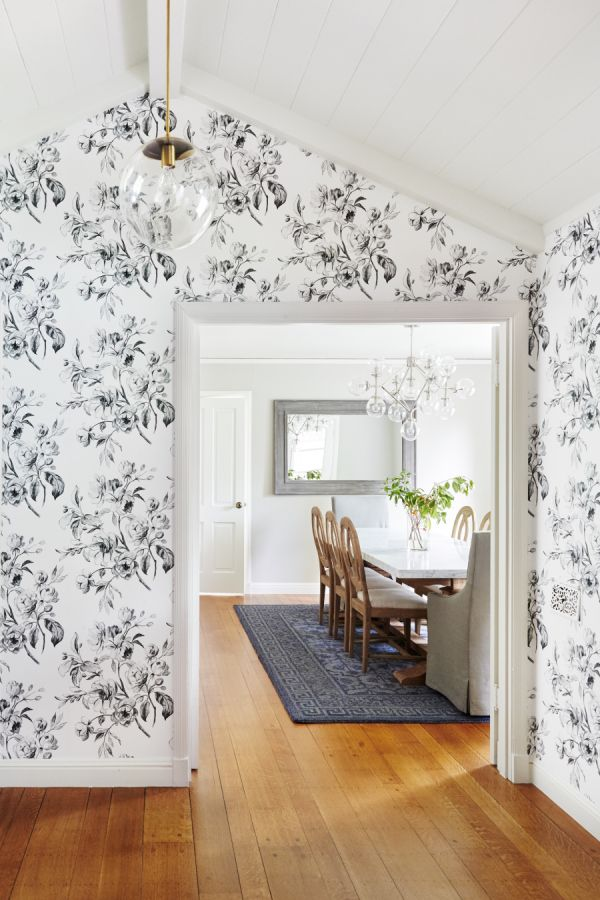 44 Best Wallpaper and Wall Treatments Images On Pinterest Foyers 600x900