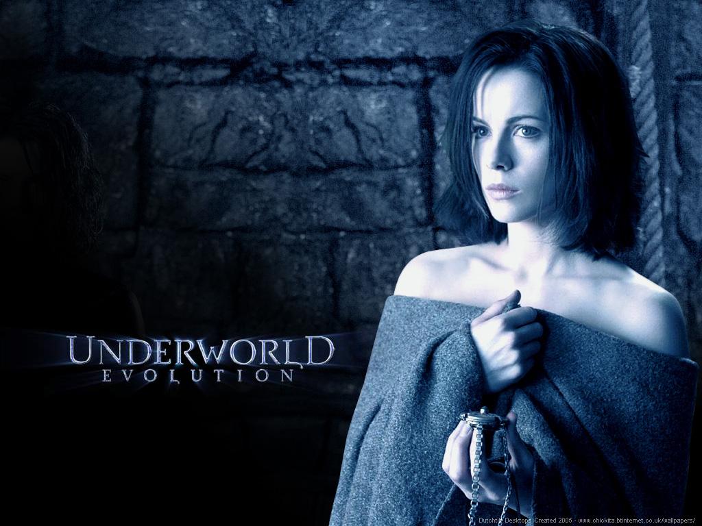 Kayla Delgado underworld wallpaper 1024x768