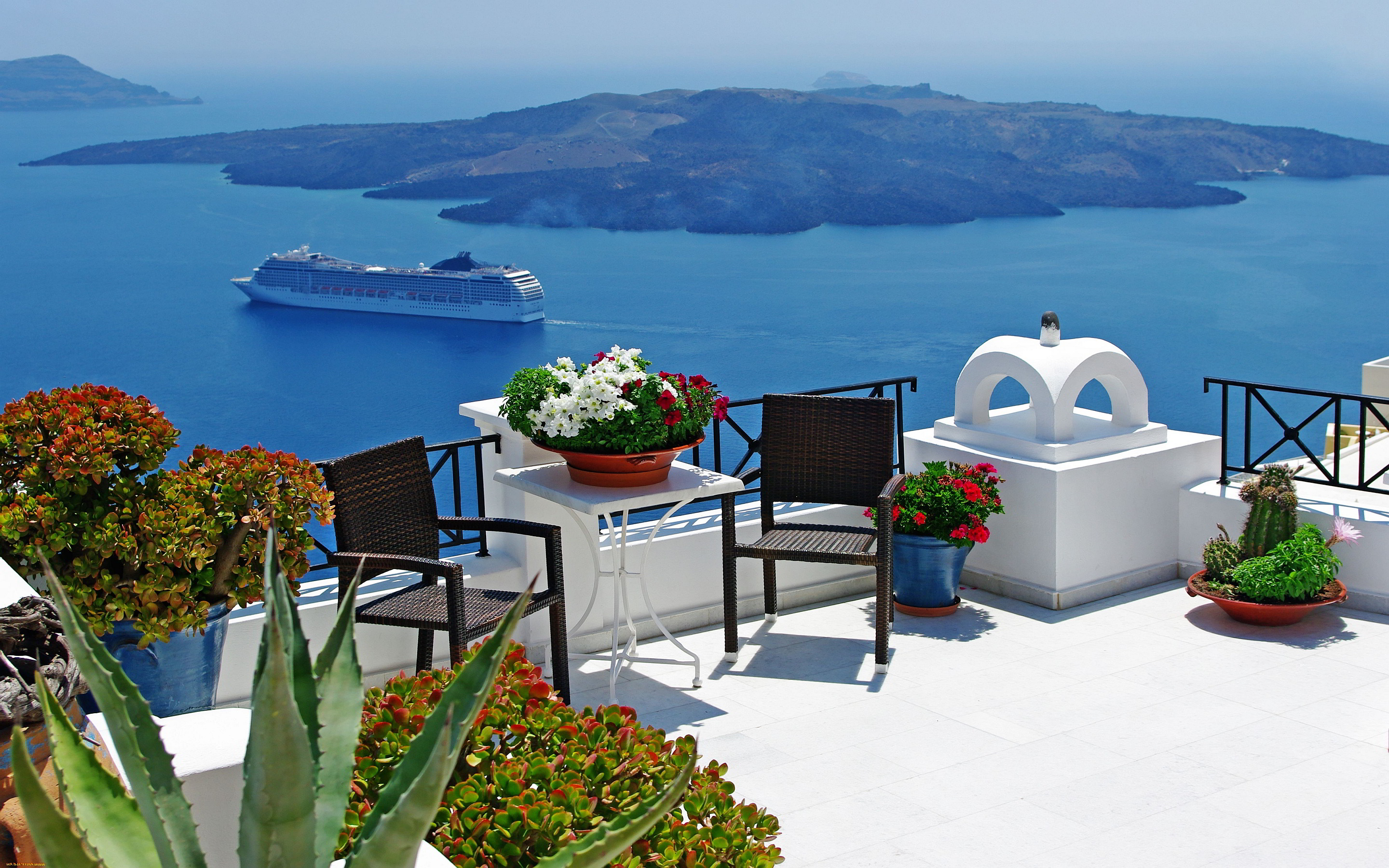 Are You Dreaming of Having the Perfect Romantic Wedding in Oia 2880x1800