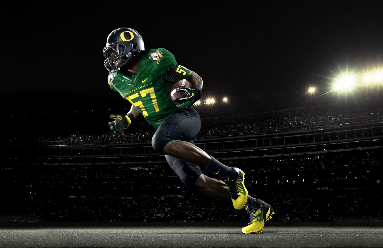 Oregon Ducks uniforms Sneak peek at The Duck Nike Pro Combat 1224x792