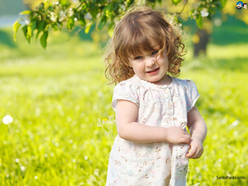 FunMozar Cute Baby Girl Wallpapers 1024x768