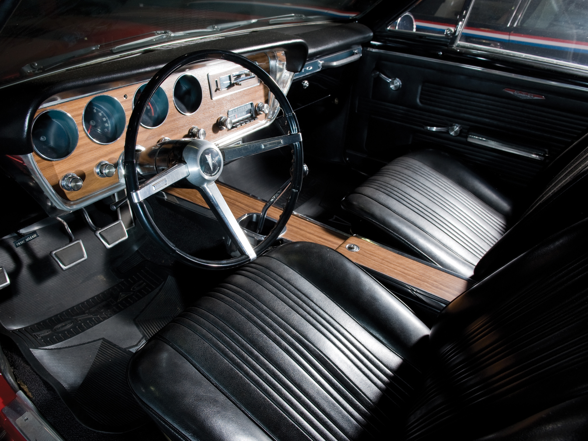 1967 Pontiac Tempest GTO Hardtop Coupe muscle classic interior g 2048x1536