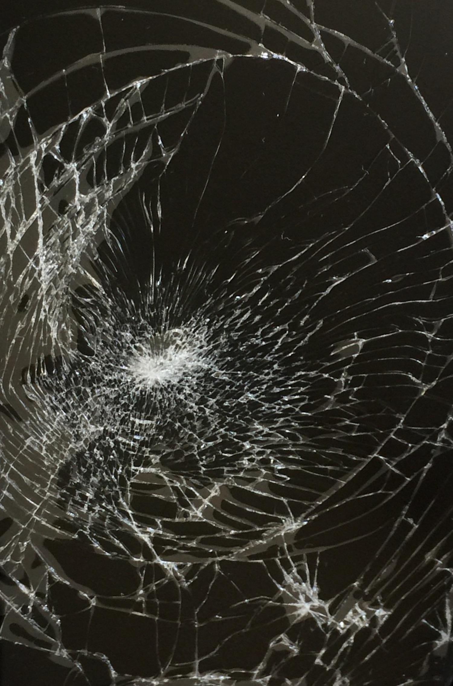 April Fools The Broken Screen Wallpaper Prank for iPhone iPad 1500x2273