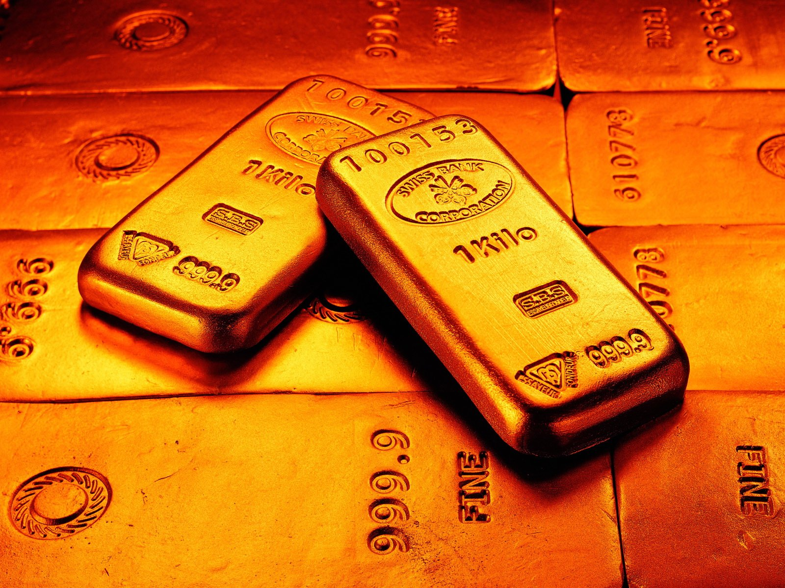 Gold higher sample wallpapers and images   wallpapers pictures 1600x1200
