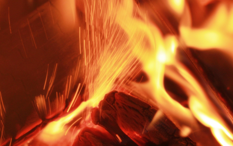 Inside Wood Fire Desktop Wallpaper   New HD Wallpapers 2880x1800