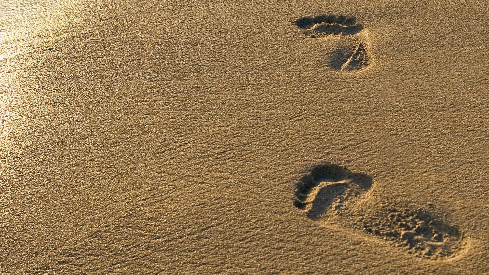 Footprints Wallpaper 1920x1080