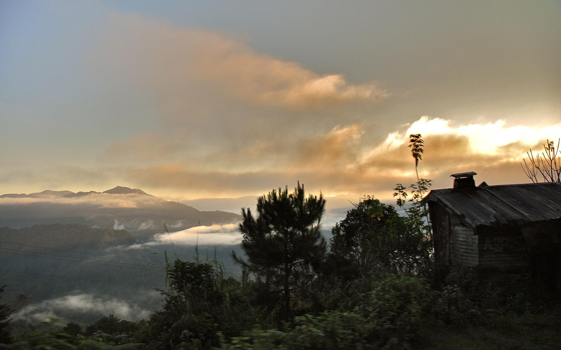 Sunrise Mountain Cabin wallpapers HD   428809 1920x1200