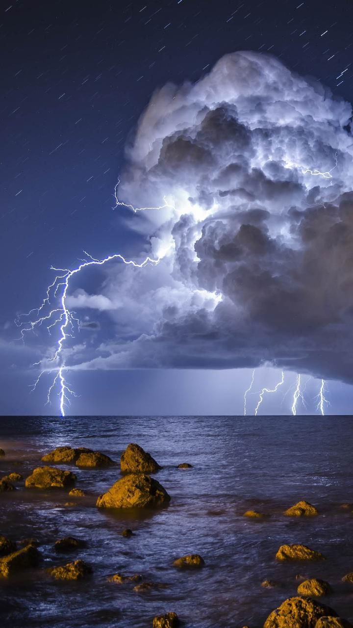 Download Storm Wallpaper by tott78   11   on ZEDGE now 720x1280